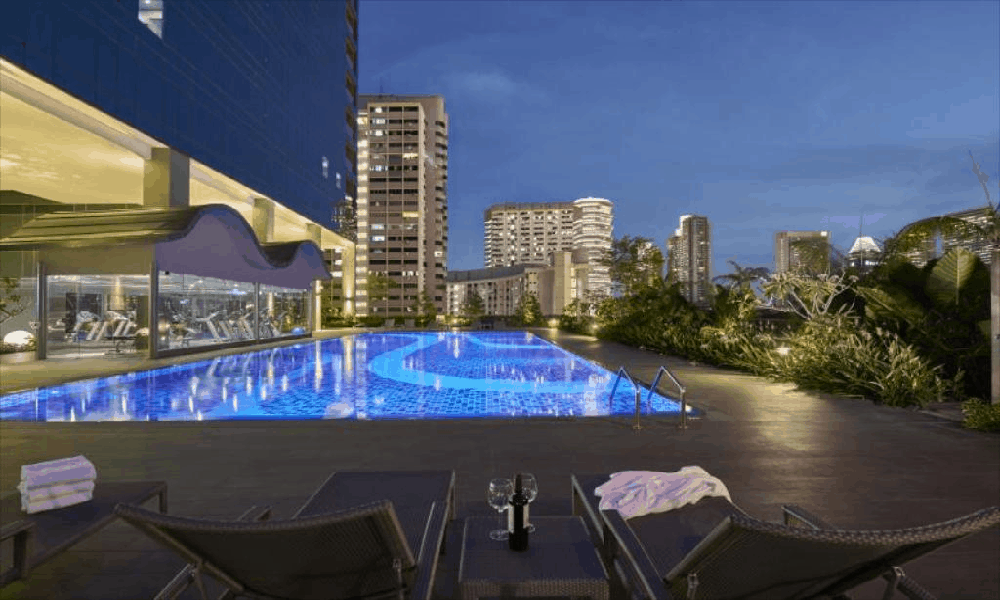 affordable staycation singapore